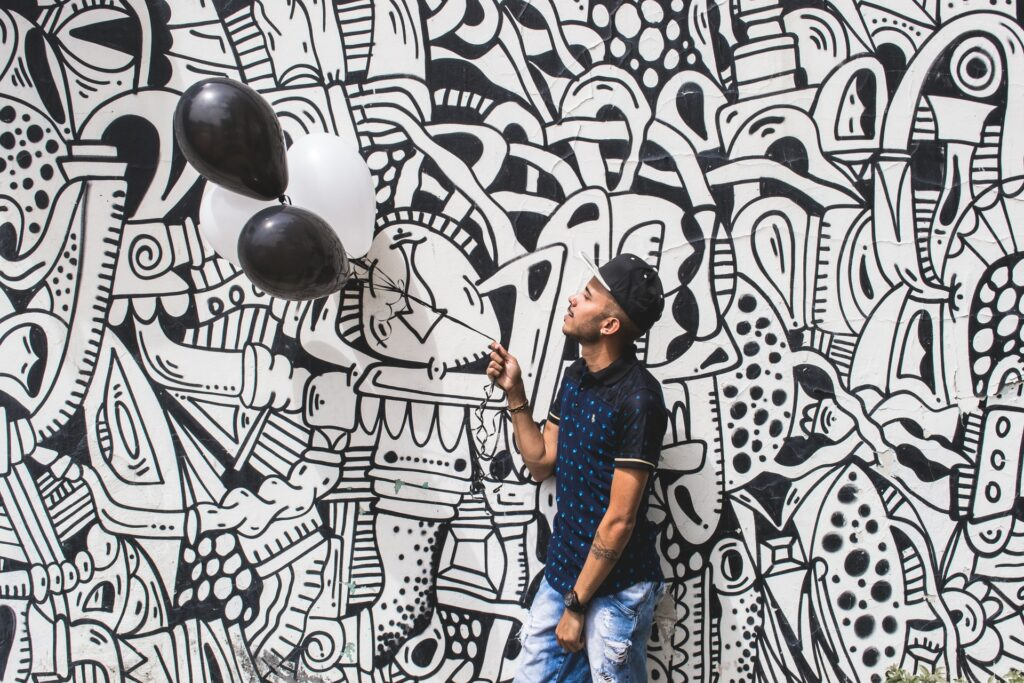 How much does an Illustrator in Kenya earn? mural